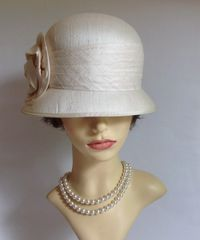 The British Hat Guild 100% Silk Ivory Cloche Hat Fully Lined Large Rosette