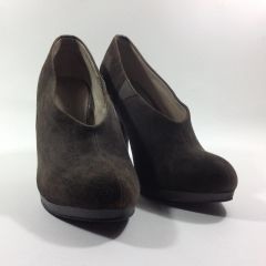Autograph from Marks and Spencer Beautiful Grey Suede Slip On Ankle Boots Booties