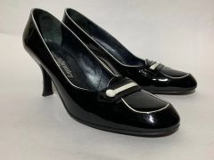 Russell And Bromley Sophisticated Black Patent Leather Court Shoe From Russell & Bromley UK Size 6.5 EU 39.5