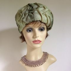 Vintage 1960s Green Turban Style Fabric Hat Lovely lined pleated fabric