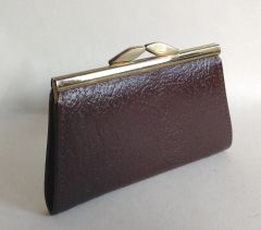 Vintage 1960s Brown Textured Leather Coin Purse With Kiss Clasp