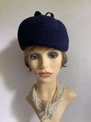 Blue Felt Vintage 1950s Pill Box Beret Style Hat With Bow Top & Stitch Detail