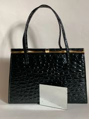 Ackery Black Leather Moc Croc 1950s Vintage Handbag Kelly Bag With Buff Suede Lining And Elbief Frame And Large Vanity Mirror