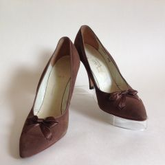 J Hinde & Son Ltd Mid Brown Bow Front Suede Vintage Court Shoes UK 3 US 5.5B