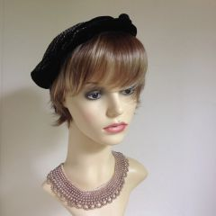 Vintage 1940s Black Velvet & Drill Calot Beret With Frog Button Design