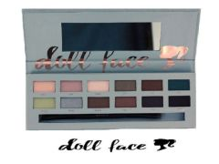 "Doll Face I just wannabe ""Neutral"" Eyeshadow Palette"
