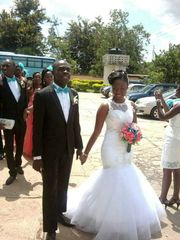 EA00010009_ High Quality Wedding Gown