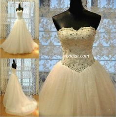 EA00010017_ High Quality Wedding Gown