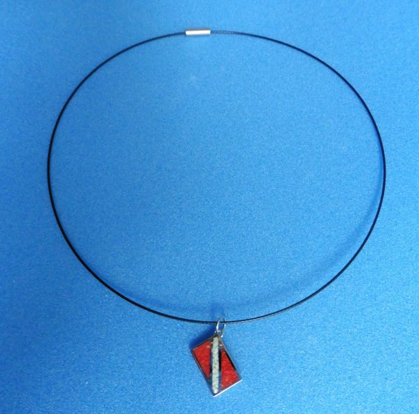 "Pendant with Dive Flag (includes 18"" neck wire)"