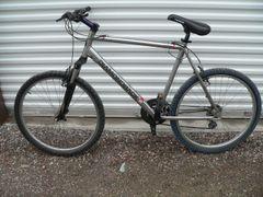 Diamondback Sorrento Large Frame 21 Speed Bicycle/Bike