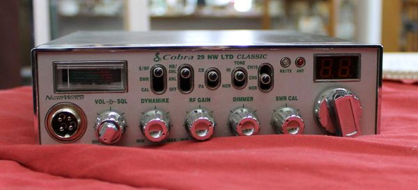 Classic Cobra 29 LTD CB Radio w/o mike and plug