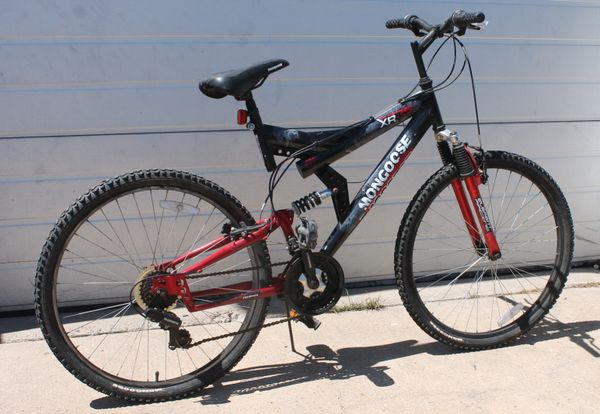 Mongoose Xr 75 Element Racing Mountain Bicycle Bike 21 Speeds The