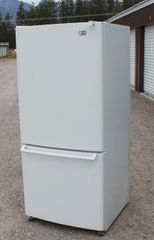 LG Refrigerator With Bottom Freezer-LRV20525SW