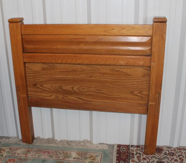 Solid Oak Twin Head Board and Foot Board with Rails
