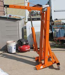 3/4 Ton Engine Hoist/Cherry Picker/ Shop Crane