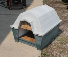 Ruff Hauz by Dogloo Custom Insulated Dog House