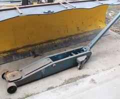 Ausco 4 Ton Hydraulic Semi FloorJack