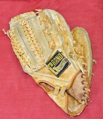"Grand Master 145 RHT 10"" Baseball Glove Mitt"