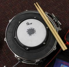 """Ludwig Black Oak Snare Drum 15 """"X 11"""" w/ Ludwig Snare Carrier & Accessories and Case"""