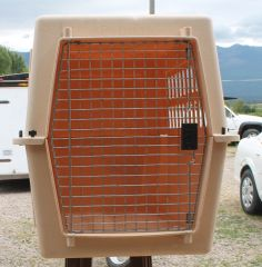 PetMate Tan Pet Kennel / Carrier / Pet Taxi-LARGE