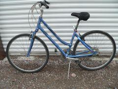 Giant Large Frame Cypress 21 Speed Ladies Bicycle/Bike