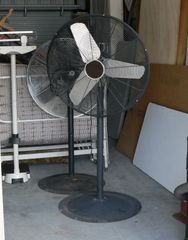 "31"" Diameter x 5' Height High Velocity Commercial Fan"