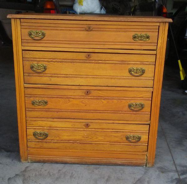 Antique Oak Chest of 4 Drawers/Dresser by Missoula Mercantile Co.