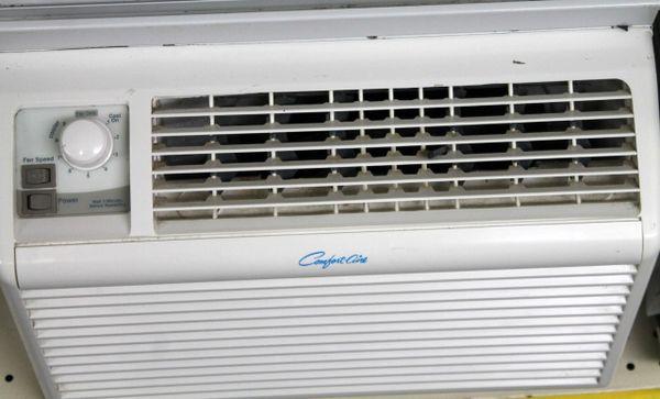Comfort Air 5000BTU Air Conditioner