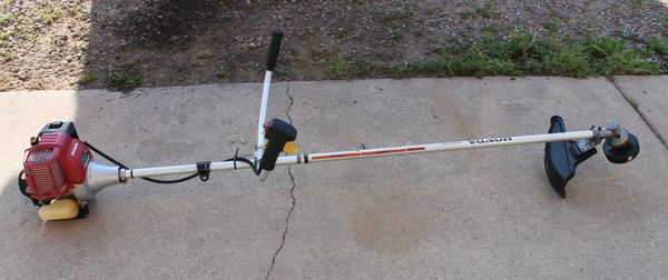 Honda HHT31S Gas Commercial String Trimmer/Weed Eater