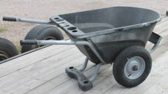Wheelbarrow w/ Molded Plastic Tub