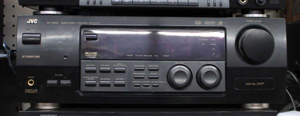 JVC AV Control Receiver w/ Dolby Digital and DTS RX-7000V