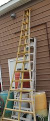 "18'10"" Wood Orchard Ladder"