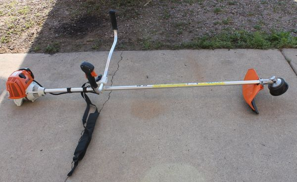 STIHL 4 MIX FS90 Gas Commercial String Trimmer/Weed Eater