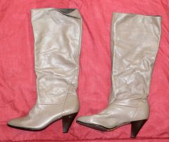 Naturalizer Dark Tan Fashion Boots--5 1/2M