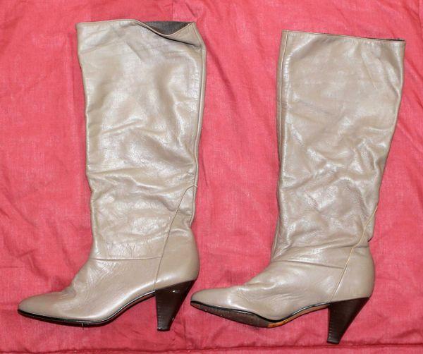 Naturalizer Dark Tan Fashion Boots--5 1/2M