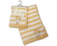 Snuggle Baby fleece 'giraffe' soft and cuddly wrap 75cm x 100cm.