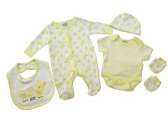 Rock-A-Bye-Baby three LITTLE ducks theme 5 piece layette set. Unisex- yellow/white colour. Available to fit Newborn to 6 months.