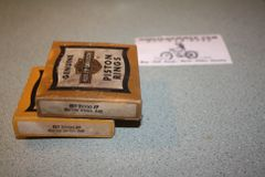 NOS 22330-47 Piston Ring Set .040