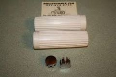56201-62 White Handlebar Grip Set