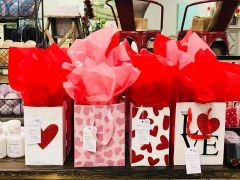* Valentine's Day Gift Bag *