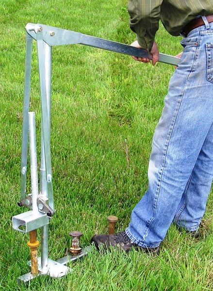 JackJaw Stake Pullers (See Stake Puller Accessories Link Above for Details & Pricing on Different Models) - Click on Picture