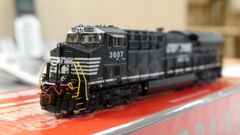 Scaletrains Rivet Counter N Scale ET44AC Norfolk Southern DCC & Sound