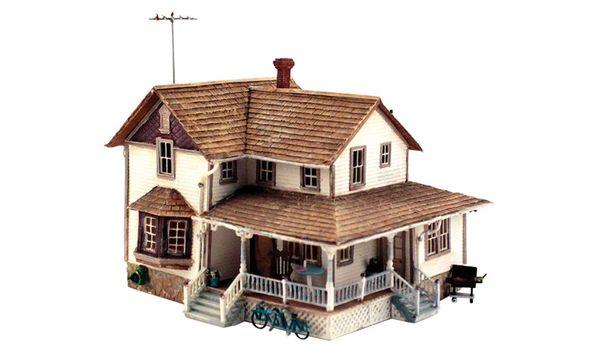 Woodland Scenics HO Scale Built & Ready Corner Porch House