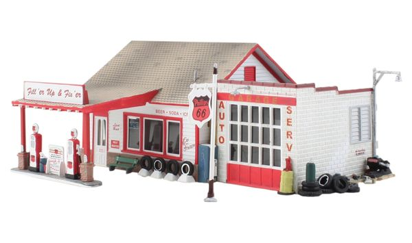 Woodland Scenics HO Scale Built & Ready Fill'er Up & Fix'er