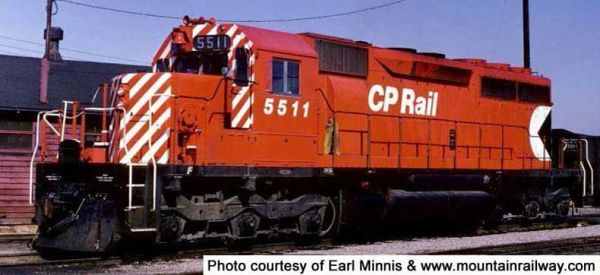 """Bowser Ho Scale SD40 CP Rail 5"""" Stripes Small Multimark (Experimental scheme) W/O Ditchlights DCC Ready *Pre-order*"""