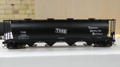 Walthers Mainline 59' Cylindrical Hopper Toronto Hamilton & Buffalo