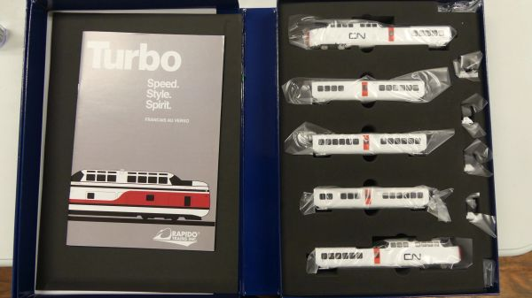 Rapido N Scale TurboTrain Canadian National DC