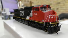 Atlas Ho Scale Dash8-40CW Canadian National DCC W/Sound