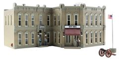 Woodland Scenics HO Scale Built & Ready Municipal Building