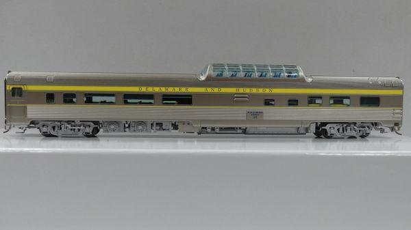 Rapido Ho Scale Budd Mid Train Dome Cars Delaware & Hudson